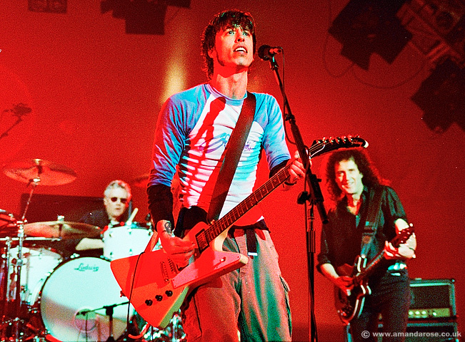 Foo Fighters with Special Guests, Roger Taylor and Brian May, Brixton Academy, 25th November 1999