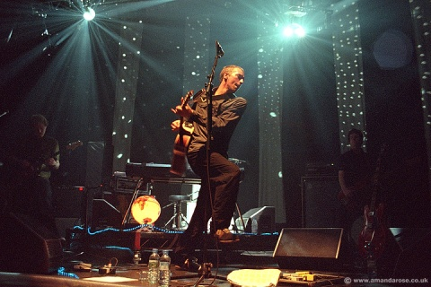 Coldplay, performing live at Brixton Academy 30th April 2001