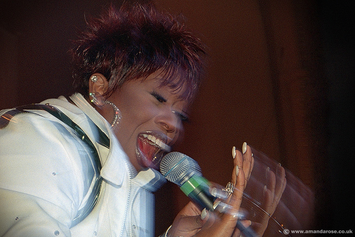 Missy Elliott, performing live at Brixton Academy, 31st May 2001