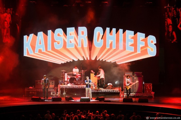 Kaiser Chiefs, performing live at The O2 Premiere, 23rd June 2007