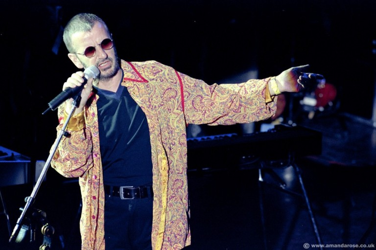 Ringo Starr, performing live at Shepherds Bush Empire, 21st August 1998