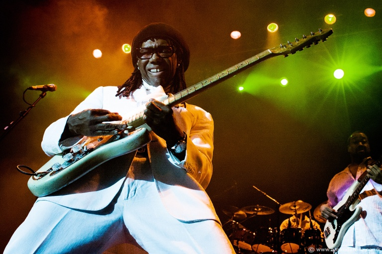 Chic and Nile Rogers performing live at the HMV Forum, Kentish Town, London, 4th September 2009 Barnes, Milton ( Jerry ) - Bass Davis, Kimberly - Vocals Holloman, William ( Bill ) - Sax Jimenez, Melissa - Vocals Lerner, Selan - Keys Mitchell, Cherie - Keys Ramm, John ( Curt) - Trumpet Rolle, Ralph - Drums Rodgers, Nile - Guitar